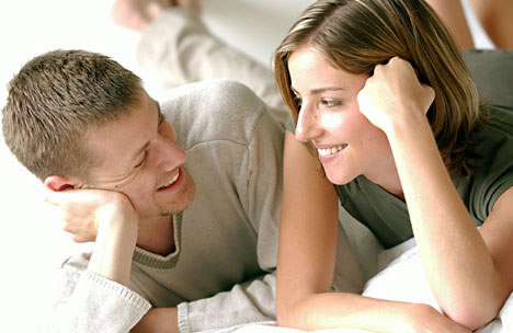 ¿Debes contarle todo a tu pareja?