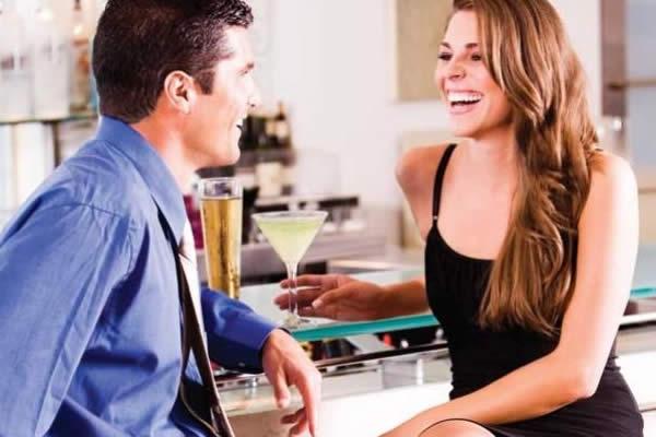 ¿Qué admiran los hombres en una mujer?