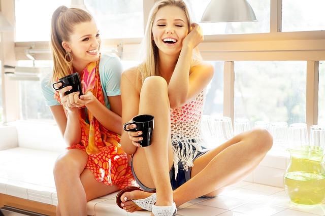 Consejos para ser feliz con los amigos