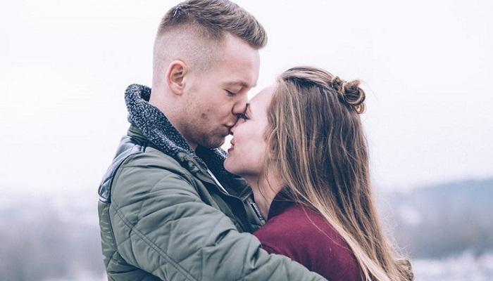 Besos de amor