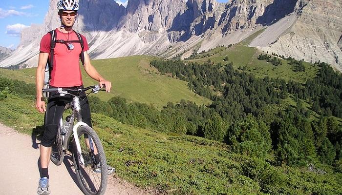 Deportista en bicicleta