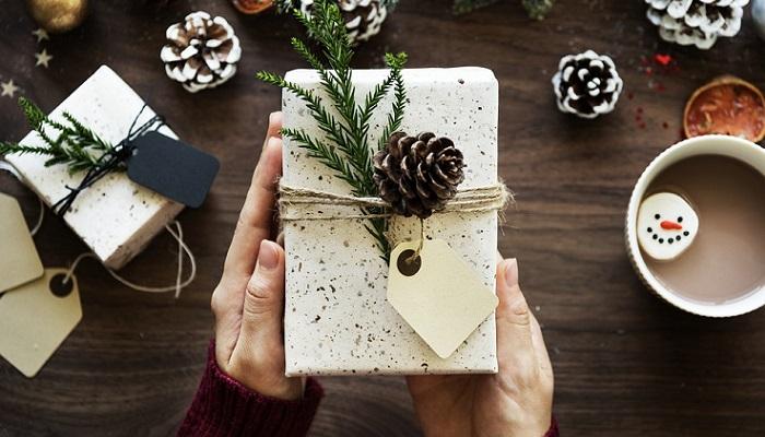 Intercambio de regalos en Navidad