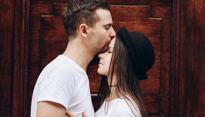 Por qué decirle lo que sientes si estás enamorado y no lo sabe