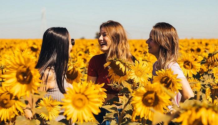 Cómo mantener una amistad cuando cambian las circunstancias