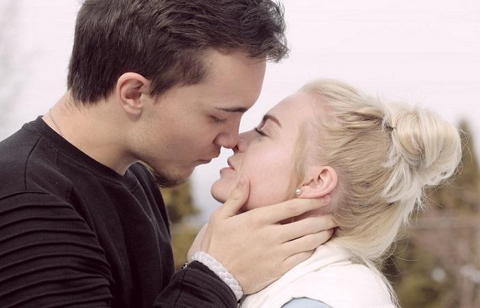 Siente la magia de la primera vez que te enamoraste