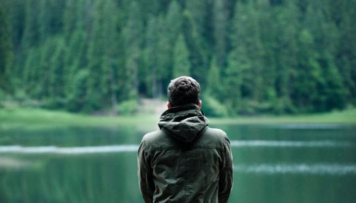 Valida las emociones que sientes en la soledad no deseada