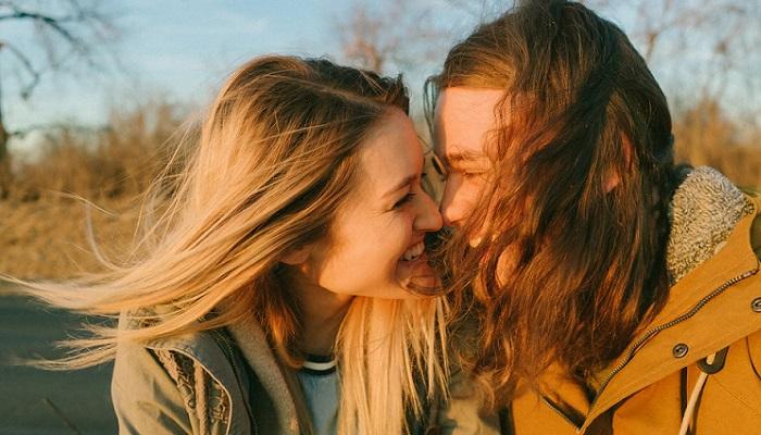 10 consejos para ligar y buscar pareja