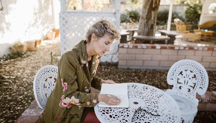 ¿Cómo escribir cartas románticas y frases de amor en San Valentín?