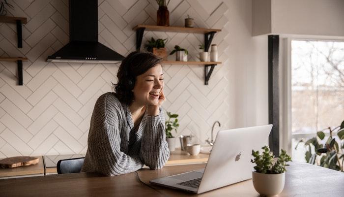 10 temas de conversación para hablar con amigos virtuales