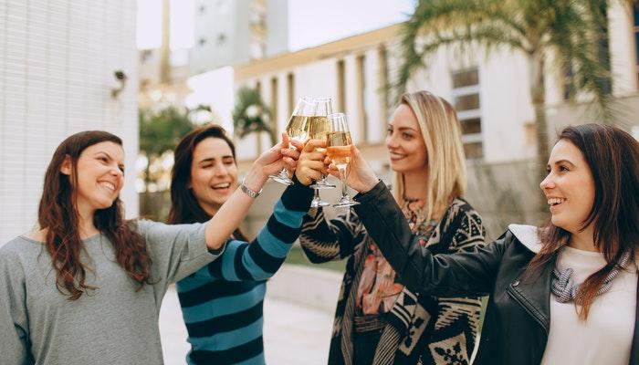 10 consejos para entrenar tus habilidades sociales para hacer amigos