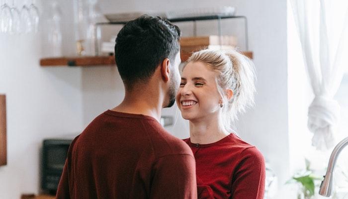 8 consejos para no sobreproteger a tu pareja